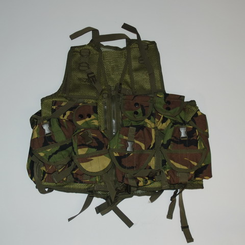 TACTICAL CHALECO ESPECIAL NL CAMUFLAJE
