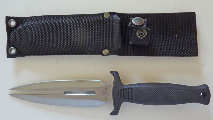 Wasp Dagger With Boot/belt Clip style sheath